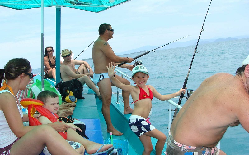 Big Game Sport Fishing Day Tour at Raya Islands