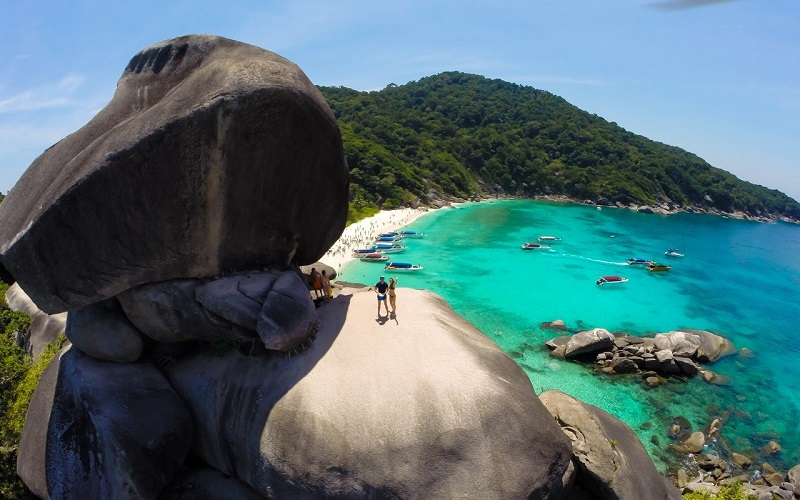 Similan Islands Luxury Tour by Speedboat **Minimum 3 Days to advance booking**