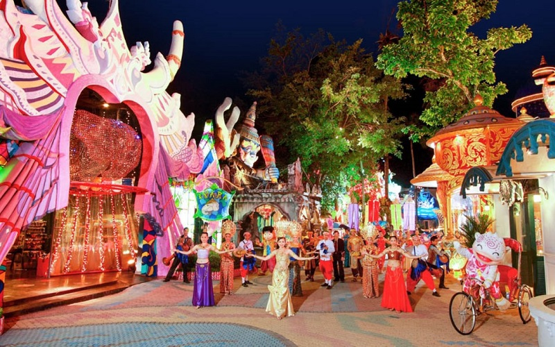 Phuket FantaSea Show Regular Ticket + Buffet Dinner