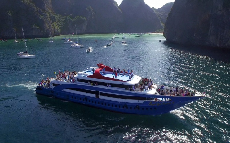 Phi Phi Islands Tour by Jet Cruise - Standard