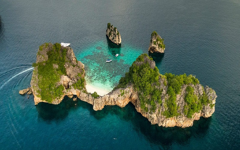 Koh Ha + Koh Rok Regular Tour by Speedboat