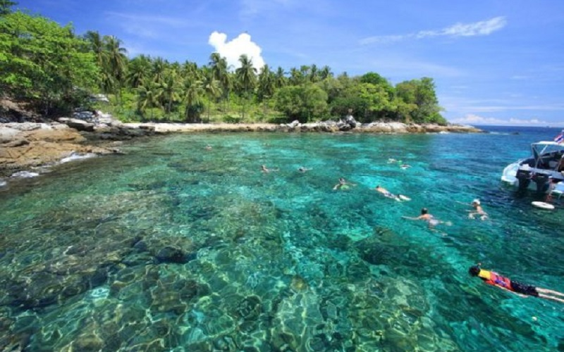 Raya Islands Budget Tour by Speedboat